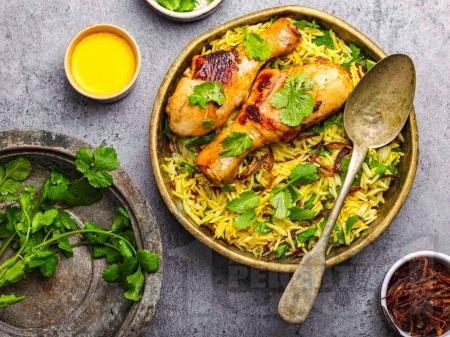 Запържено ароматно пиле с ориз, зеленчуци и кориандър - снимка на рецептата